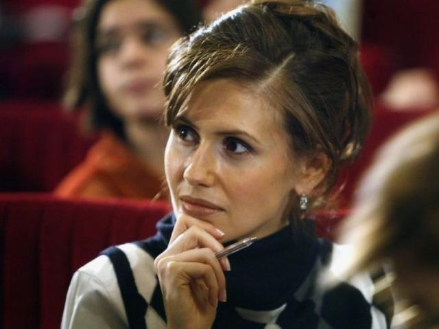 """Асма Аль-Асад. До начала гражданской войны в Сирии в 2011 году западные журналисты называли женщину """"роза пустыни"""" и """"самая изящная первая леди""""."""