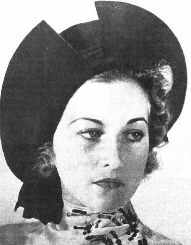 Евгения Дашкевич. 1938. На конкурсе победила 24-летняя девушка, семья Евгении после революции поселилась в Германии, а в 1929 году переехала во Францию. Здесь Евгения работала манекенщицей, пыталась сниматься в кино, увлекалась танцами, занималась спортом и туризмом.