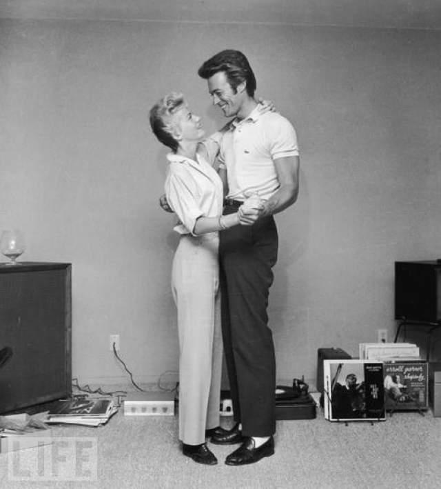 Клинт Иствуд и его первая жена Мэгги.