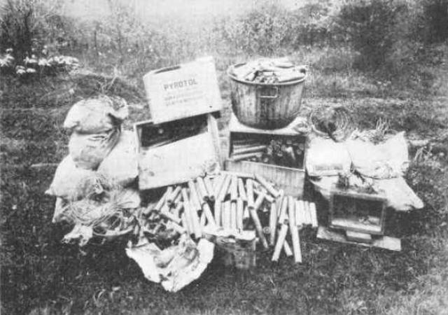 Несколько сотен фунтов взрывчатки фермер тайно проносил в школу на протяжении нескольких месяцев перед планируемым терактом.