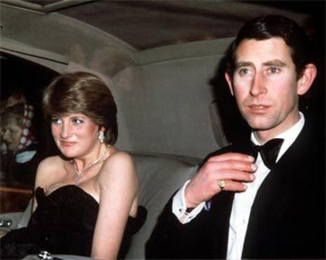 Чарльзу тогда было 30, а Диане - 19 лет.