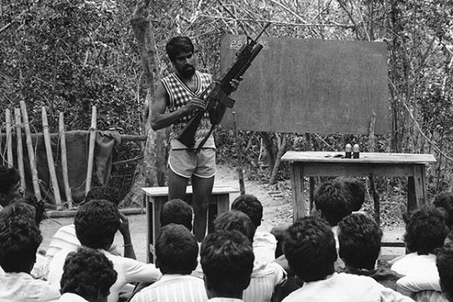 """Смертница была завербована экстремистской организацией """"Тигры освобождения Тамил-Илама"""", которая развернула свою деятельность в соседней Шри-Ланке."""