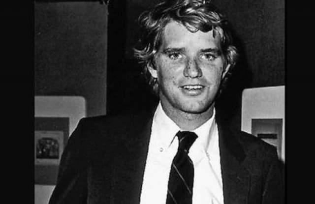 Девид Кеннеди (сын Роберта Кеннеди) умер от передозировка кокаина в 1984 году. (28 лет)