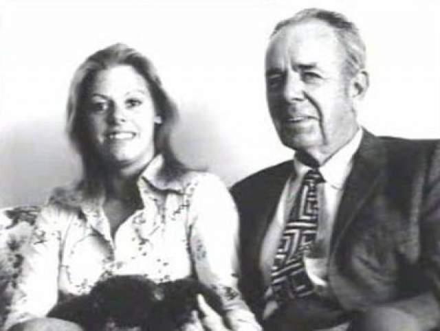 В 1976 году Уорнос познакомилась с 69-летним бизнесменом Льюисом Грацем Феллом. В тот же год они поженились. Уорнос постоянно дралась в местном баре, и в итоге отправилась в тюрьму. Фелла она избивала его же собственной тростью, и он добился запретительного приказа против нее.
