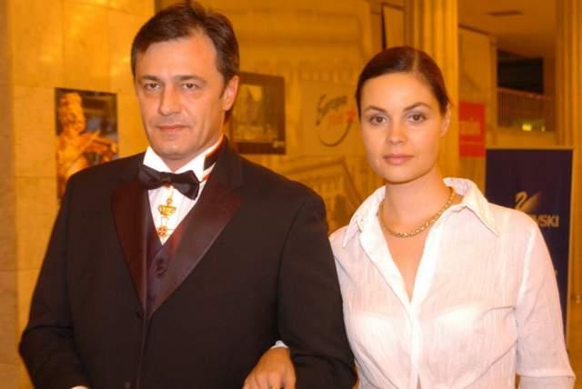 Андреева сразу поняла, что это лишь предлог, и заявила поклоннику, что у него нет шансов - Екатерина тогда была замужем за Андреем Назаровым. Но Душан звонил до тех пор, пока Андреева не развелась.