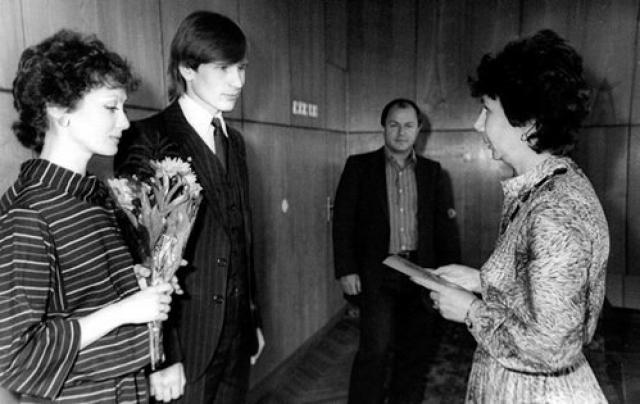 Александр Малинин и Ольга Зарубина поженились в 1983 году, в 1985 родилась их дочь Кира, а вскоре после этого пара рассталась.