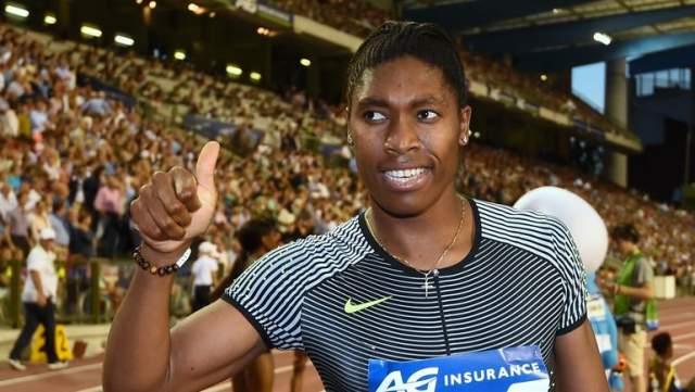 Оказалось, у Семени природно высокий уровень мужских гормонов. IAAF было потребовала медикаментозной коррекции гормонов, но в 2015 году по иску другой легкоатлетки, Дьюти Чанд,Спортивный арбитражный суд постановил, что такое требование незаконно.