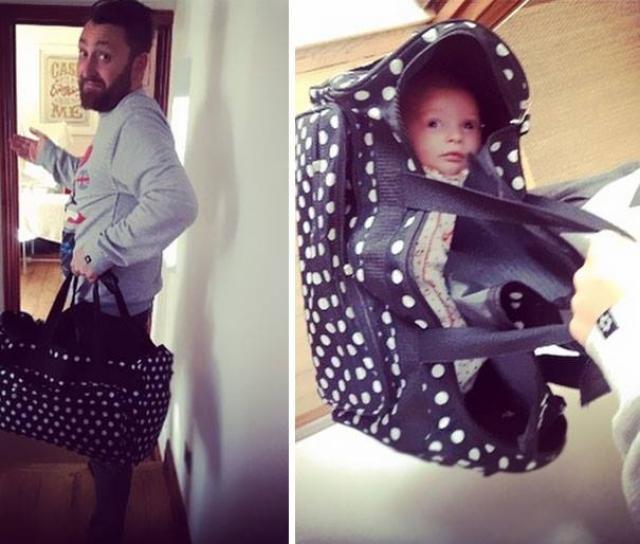 Когда папу попросили собрать сумку для малышки.