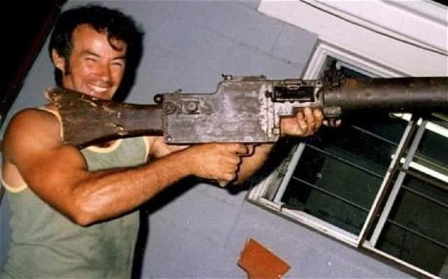 Как и его коллега в фильме, Милат охотился на туристов в австралийской глубинке. Он вырос там, был охотником, и использовал свои навыки, чтобы делать ужасные вещи.