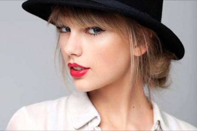 Тейлор Свифт Звезда кантри-поп-музыки в 2016 году была слишком занята сделками на рынке недвижимости.