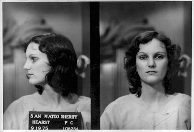 """По стечению обстоятельств Херст оказалась единственным членом группировки, которому было предъявлено обвинение в ограблении банка """"Хиберния"""" и 20 марта 1976 года Херст была приговорена к семилетнему тюремному заключению."""