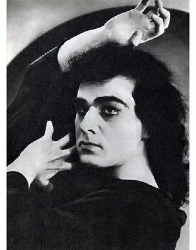 Георг стал секс-символом, женщины были готовы на все ради него.