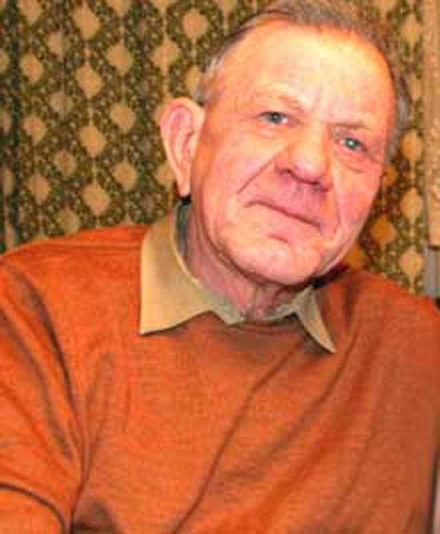 До конца жизни Борис был женат на актрисе Анне Варпаховской. Умер актер во сне, 10 мая 2008 года в Москве.