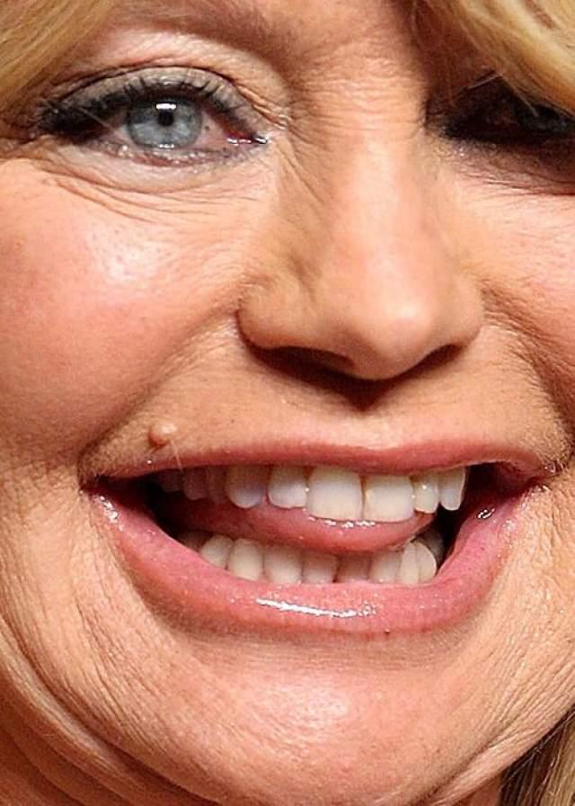 А это Голди Хоун .