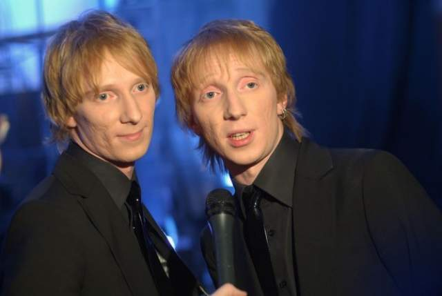 В течение четырех лет музыканты гастролировали, создавали новые треки и становились все популярнее. Пока в 2009 году они не сообщили, что группа прекратила свое существование.