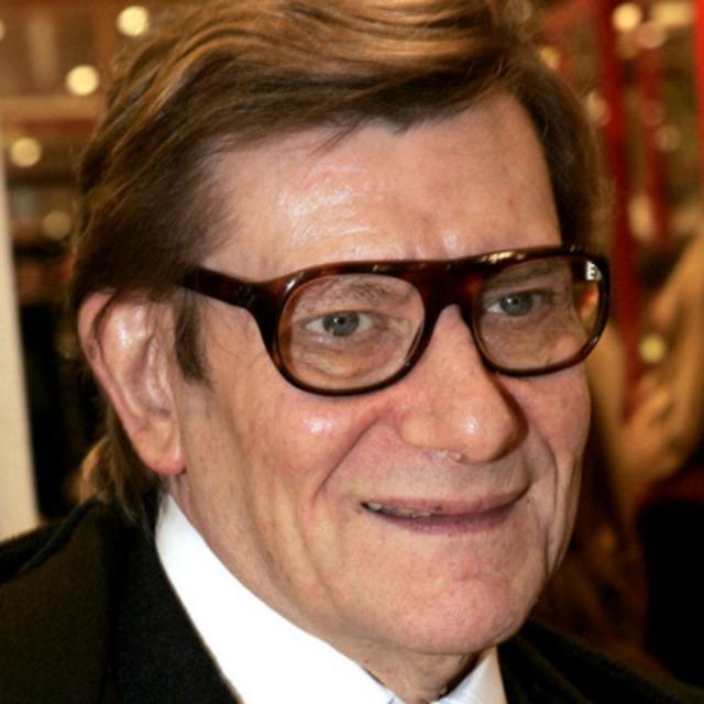 """Ив Сен-Лоран (71 год). В апреле 2007 известному дизайнеру врачи поставили диагноз """"рак мозга"""". Умер Ив Сен-Лоран 1 июня 2008 года в Париже, куда приехал лечиться."""