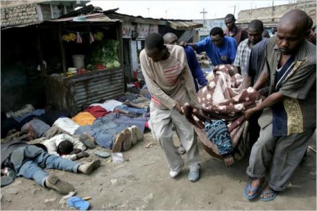 Мугики также возможно берет свои корни в недовольстве, вытекающем из тяжелой безработицы и обезземеливания, возникающего в результате быстрого роста населения Кении.
