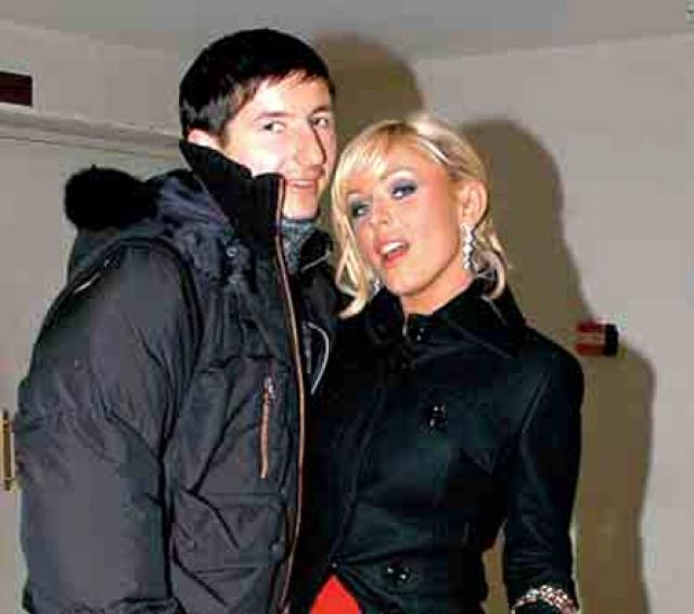 Юля Началова и Евгений Алдонин. Свадьба певицы и футболиста была одной из самых ярких в отечественном шоу-бизнесе.