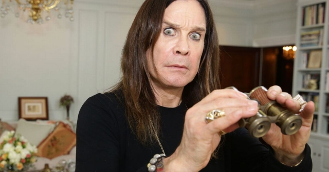"""Оззи Осборн. Британский вокалист, один из основателей и участник """"золотого состава"""" группы Black Sabbath 8 декабря 2004 года попал в автокатастрофу недалеко от своего загородного дома."""