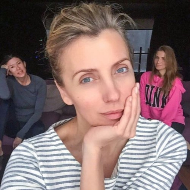 Светлана Бондарчук. Бывшая супруга Федора Бондарчука без косметики поклонникам нравится не меньше, чем с макияжем.
