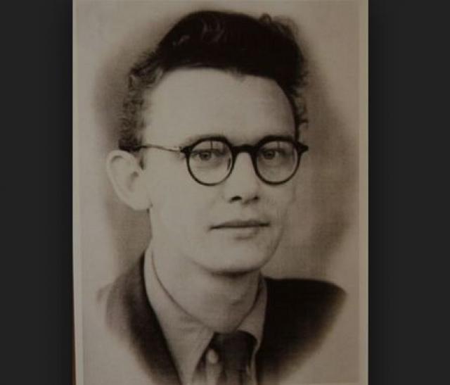 С 1949 по 1955 год он уже учился на режиссерском факультете ВГИКа в Москве.
