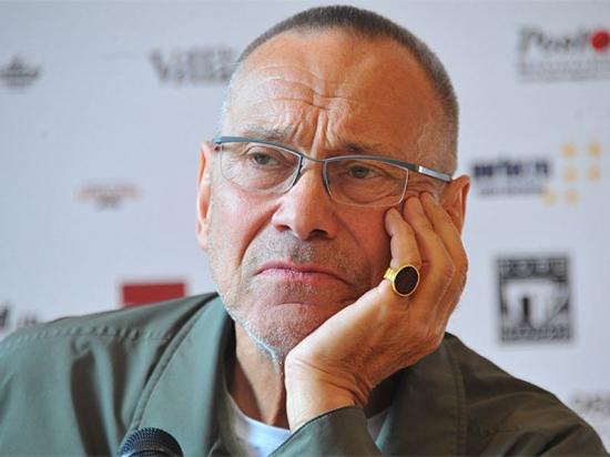Кого из российских режиссеров обвинили в сексуальных домогательствах