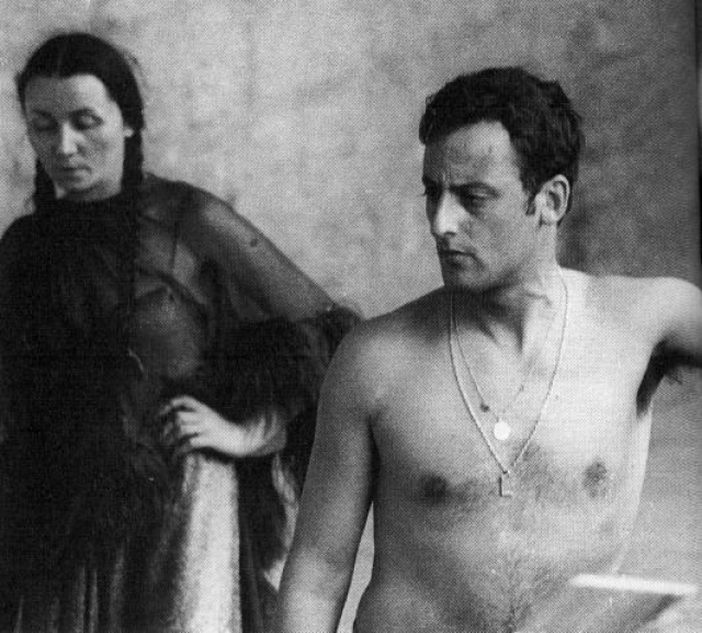 """Жан Рено. Испанец Хуан Морено (""""Жан Рено"""" - псевдоним), шел к славе долгим и извилистым путем."""