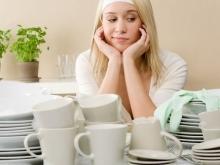 Ученые: мытье посуды помогает похудеть