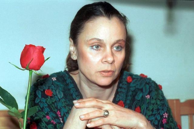 Любовь Полищук. В 2000 году любимая многими комедийная актриса попала в автомобильную аварию, после которой у нее начались проблемы со спиной.