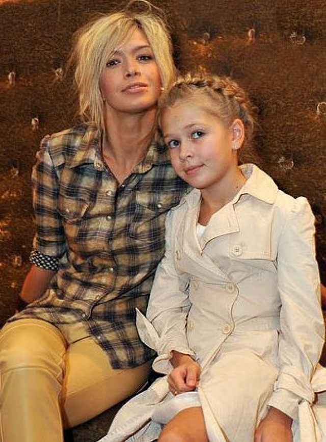 В 2001 году у Веры рождается дочка Соня от некоего Виталия Войченко, с которым она некоторое время жила гражданским браком.