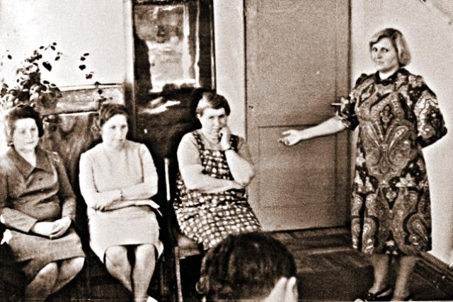 """Оперативники КГБ работали ювелирно - обвинить в подобных злодеяниях невинного человека было нельзя. Антонину Гинзбург проверяли со всех сторон, тайно привозили в Лепель свидетелей, даже бывшего полицая-любовника. И лишь после того, как все они подтвердили, что Антонина Гинзбург и есть """"Тонька-пулеметчица"""", ее арестовали."""