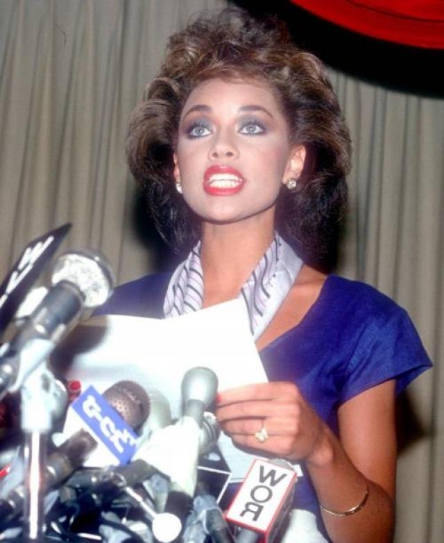 Ванесса Уильямс , представлявшая Нью-Йорк, стала первой темнокожей Мисс Америка (в 1984 году).