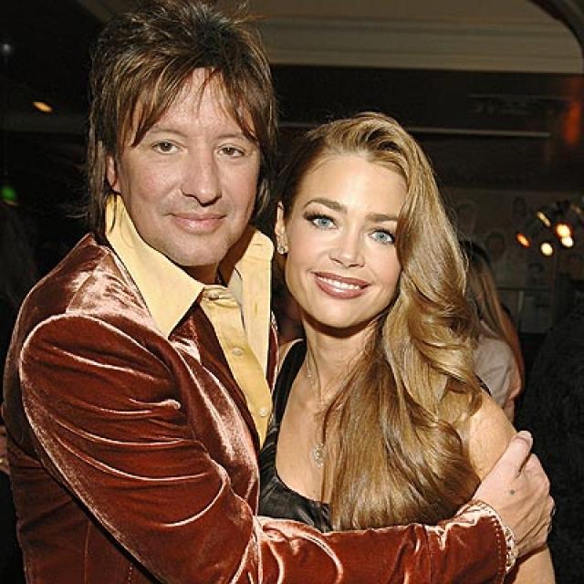 Дениз Ричардс. Актрису и модель связывали близкие отношения с гитаристом Bon Jovi Ричи Самборой в 2006-2007 годах.