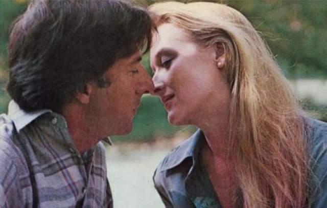 Все дело в том, что Стрип была недовольна тем, как ее героиня прописана в сценарии, поэтому актриса добилась существенного изменения характера своего персонажа, правила реплики и перекраивала внутренний конфликт.