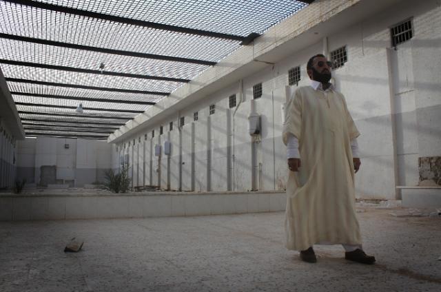 Среди них были священнослужители и студенты, осмелившиеся выступить против Каддафи.