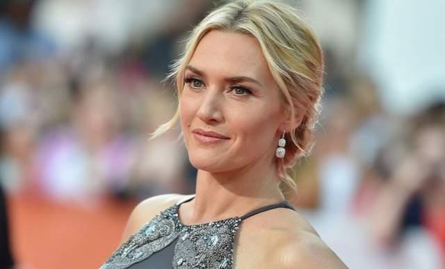 В 2011 году актриса с детьми гостила в островном поместье знаменитого бизнесмена Ричарда Брэнсона, дяди ее тогдашнего ухажера Луиса Даулера (сейчас Уинслет и Даулер женаты).