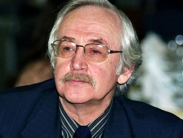 Сейчас Ливанов занимается драматургией, и посвящает много времени работе над мемуарами об отце и тех великих людях, с которыми он встречался.