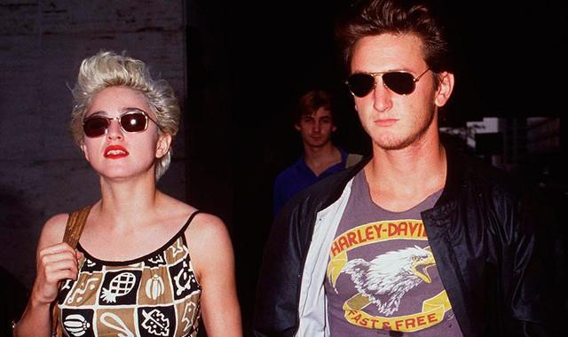 Окровавленная, она добралась до полицейского участка. Шона Пенна арестовали, но позже Мадонна забрала заявление. Несмотря на ужасные поступки бывшего супруга, певица до сих пор считает его самой большой любовью в своей жизни.