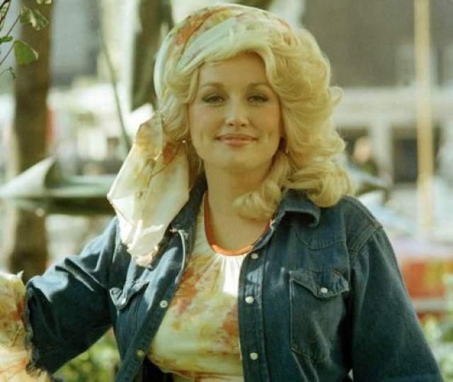 Долли Партон, 1977