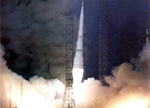"""Создать мощную ракету межпланетного назначения не удалось. Забыт был и проект """"Аэлита""""."""