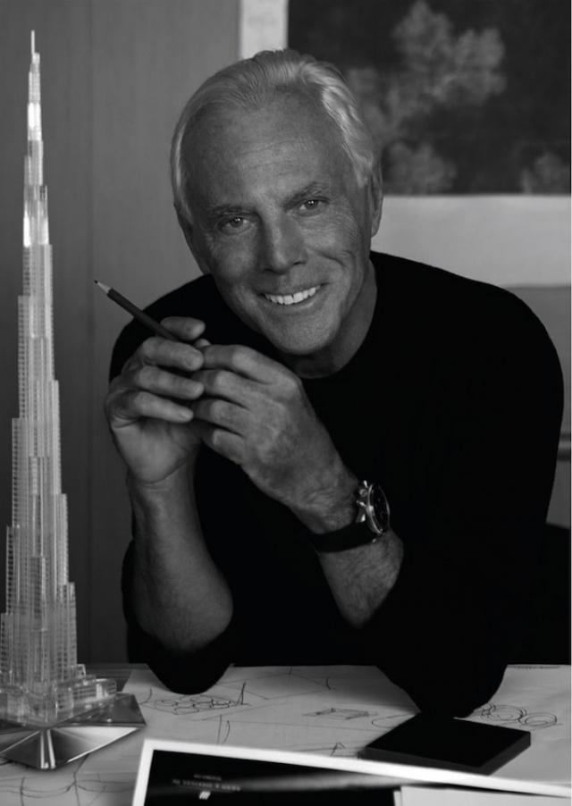 """А первую коллекцию Армани мир увидел в 1974 году. Показ прошел с огромным успехом. Уже в 1975 году в Италии создана компания """"Giorgio Armani s.p.a.""""."""