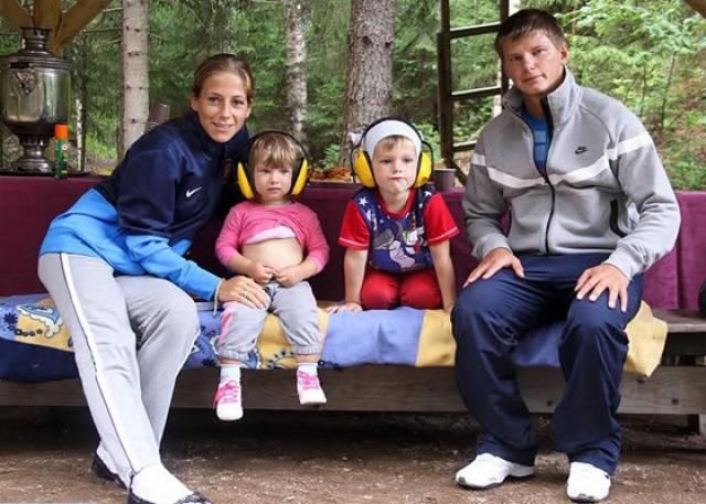 Юлия Барановская. Андрей Аршавин оставил супругу ради любовницы, когда она ждала третьего ребенка.