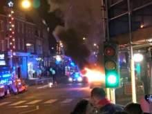 Момент взрыва машины у рождественской ярмарки в Лондоне попал на видео