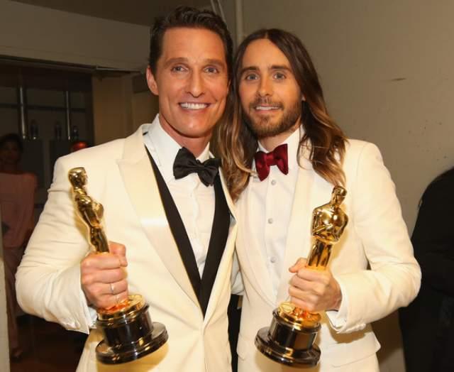 """В итоге Лето получил """"Оскар"""" за лучшую мужскую роль второго плана (Макконахи тоже получил награду)."""