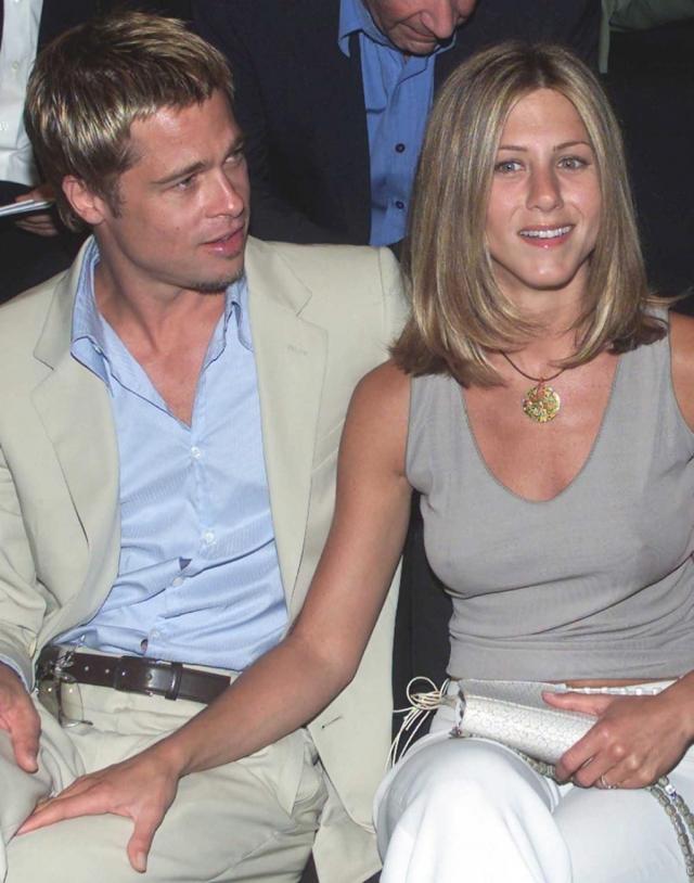 Дженнифер Энистон. Пара познакомилась весной 1998 г. во время свидания вслепую, которое устроили их агенты. Очевидно, что эти двое понравились друг другу.