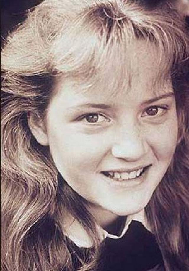 """""""Когда я была молодой девушкой, никогда не чувствовала себя привлекательной. Я была полной и несчастной, и это чувство осталось со мной на всю жизнь. Я до сих пор не понимаю, как смогла стать актрисой с моей тогдашней внешностью. Еще в детском саду меня называли толстой, а мои сестры всегда были более стройными…"""" - вспоминала Кейт."""