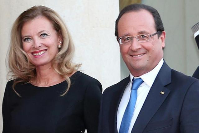 На момент, когда Франсуа стал президентом, он состоял в гражданском браке с 48-летней телеведущей и журналисткой Paris Match Валери Триервейлер, которая в свое время увела его из семьи.