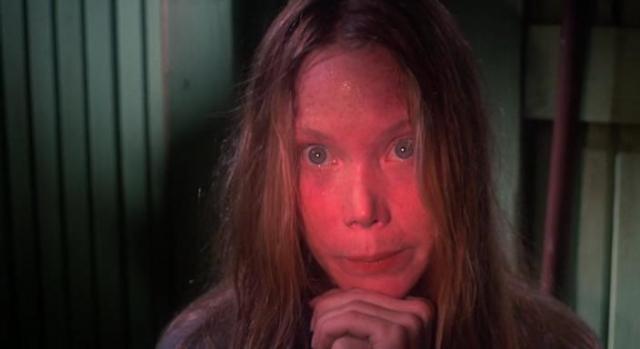 Сисси Спейсек было 26, когда она снималась в роли выпускницы Керри в одноименном классическом фильме, поставленном по мотивам произведения Стивена Кинга.