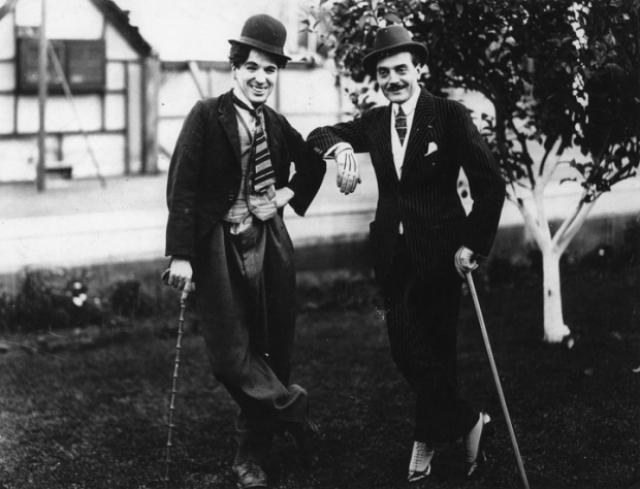 Чаплин продал все свои акции в 1928 году, основываясь на данных о безработице — до наступления Великой депрессии.