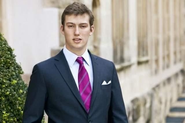 Себастьян Анри Мария Гийом, принц Люксембурга, 26 лет. Не женат и не был. Служит в армии страны, строя карьеру военного. Он вряд ли когда-нибудь возглавит престол, так как является пятым в очереди.